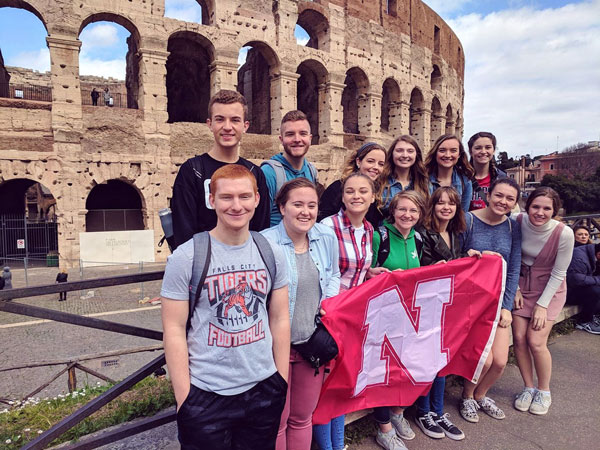 Honors students in Rome